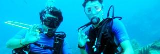 Plongeur adulte formez vous à la plongée sous marine en passant votre niveau 1